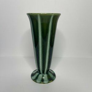 Vintage Hull Pottery Imperial F28 USA Vase Green